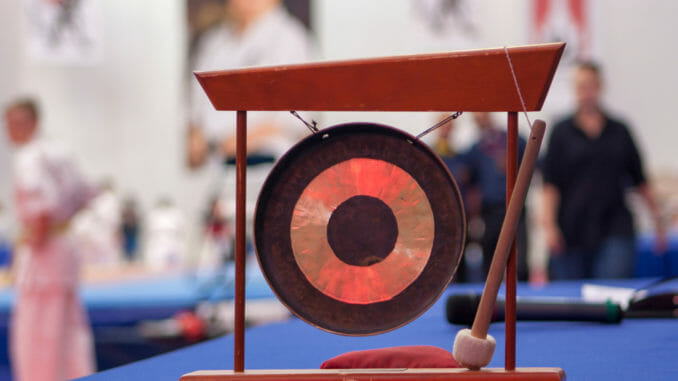 gong in karate competition